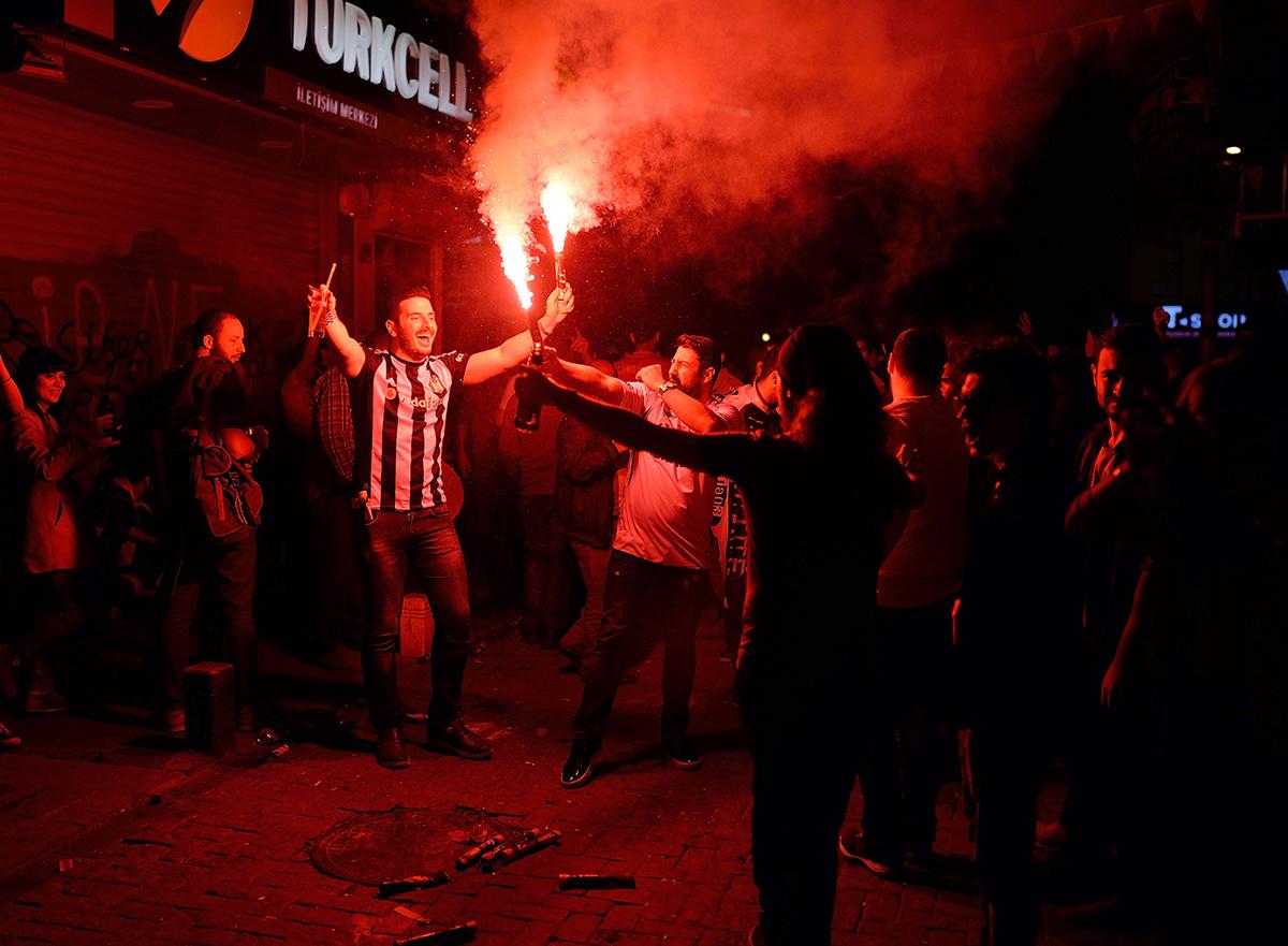 #141 —Beşiktaş –  The celebrations continue after Beşiktaş wins the league.