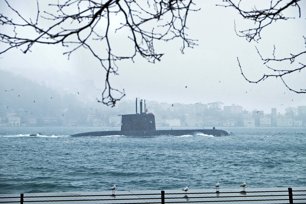 #26 —Anadolu Hisarı - A submarine in the Bosphorus.