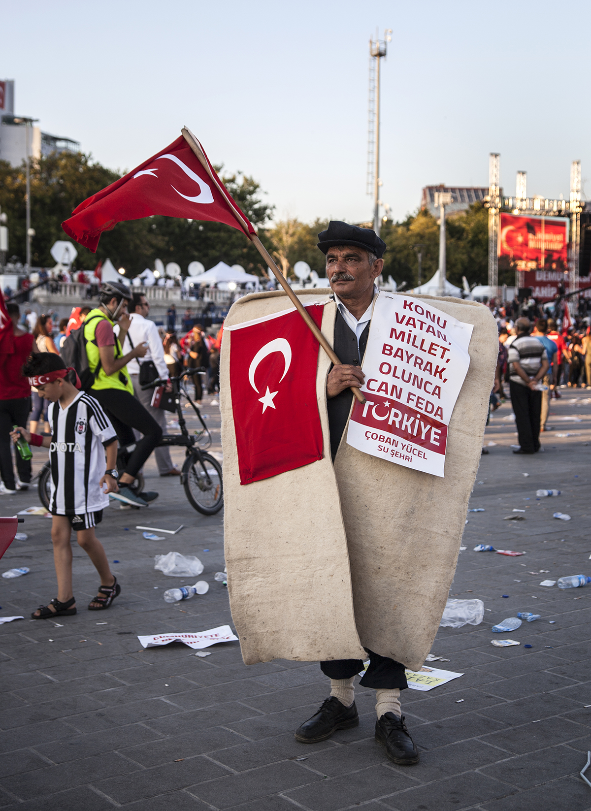 #206 —Taksim -