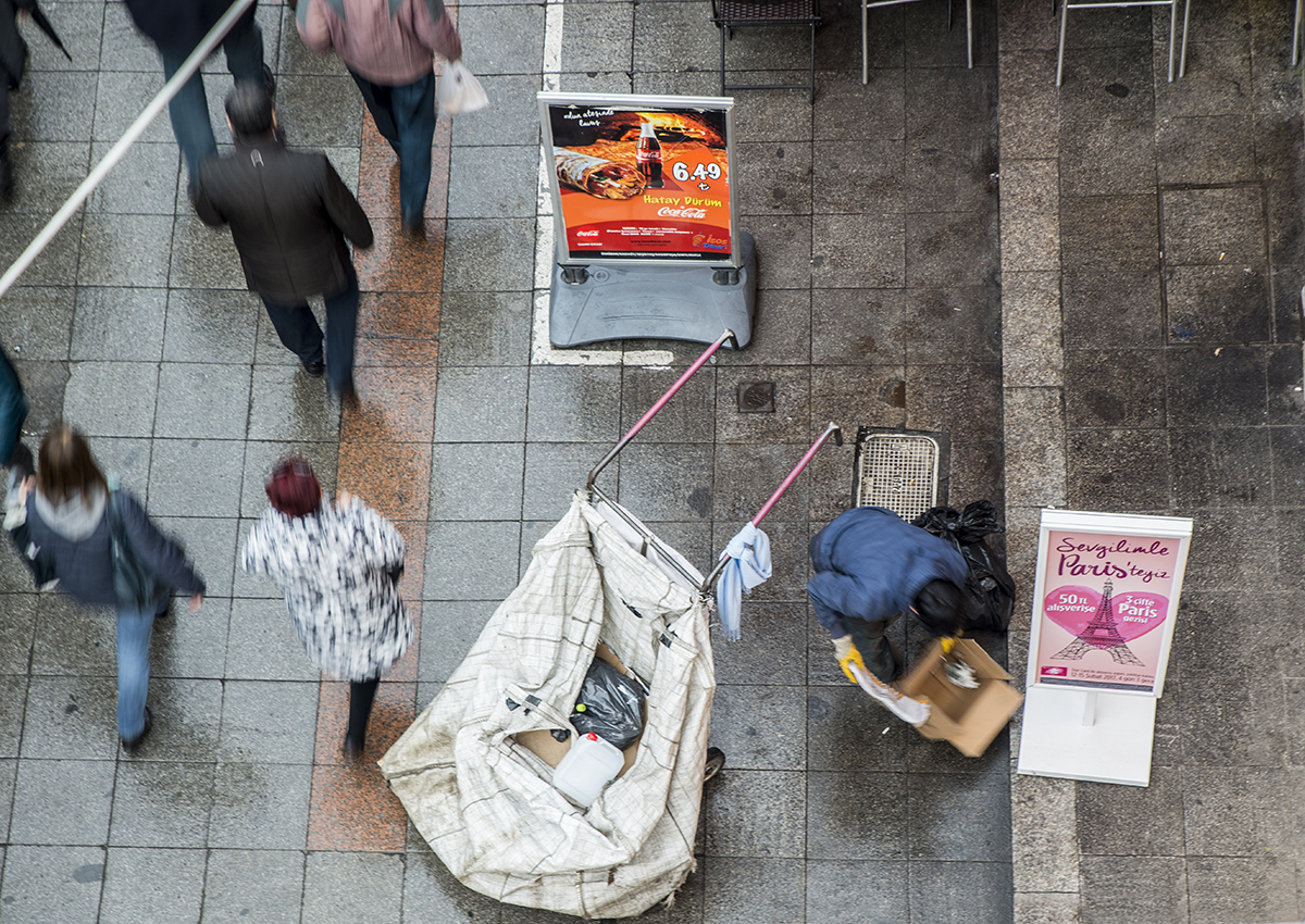 Day 347 —Kadıköy –  In Turkey there are around 500,000 paper recyclers who earn their living by selling the waste paper they collect.