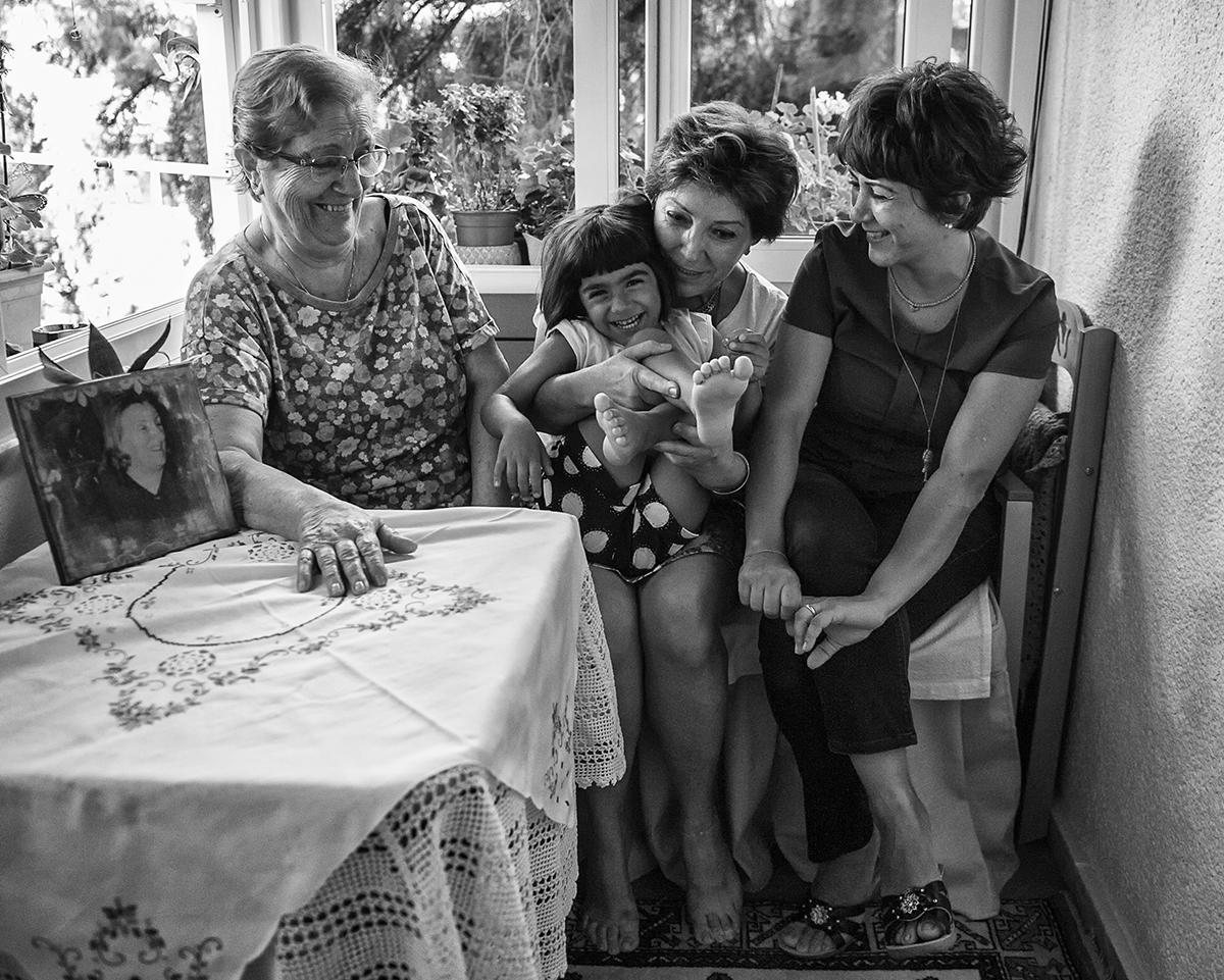 #247 —Bostancı - 5 generations side by side.